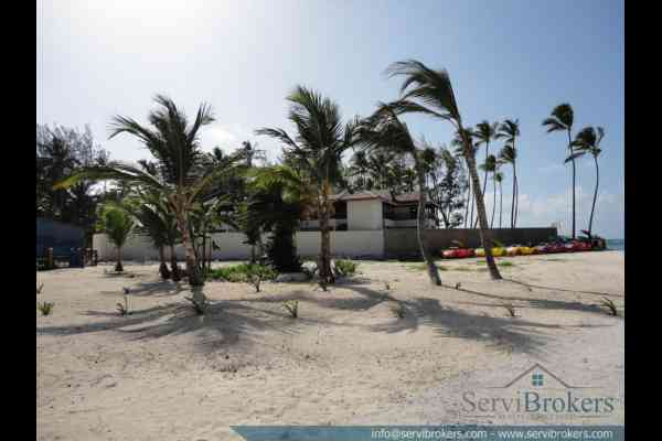 En Venta 3 hab + Family Room Bavaro Punta Can ServiBrokers-23