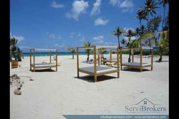 En Venta 3 hab + Family Room Bavaro Punta Can ServiBrokers-7